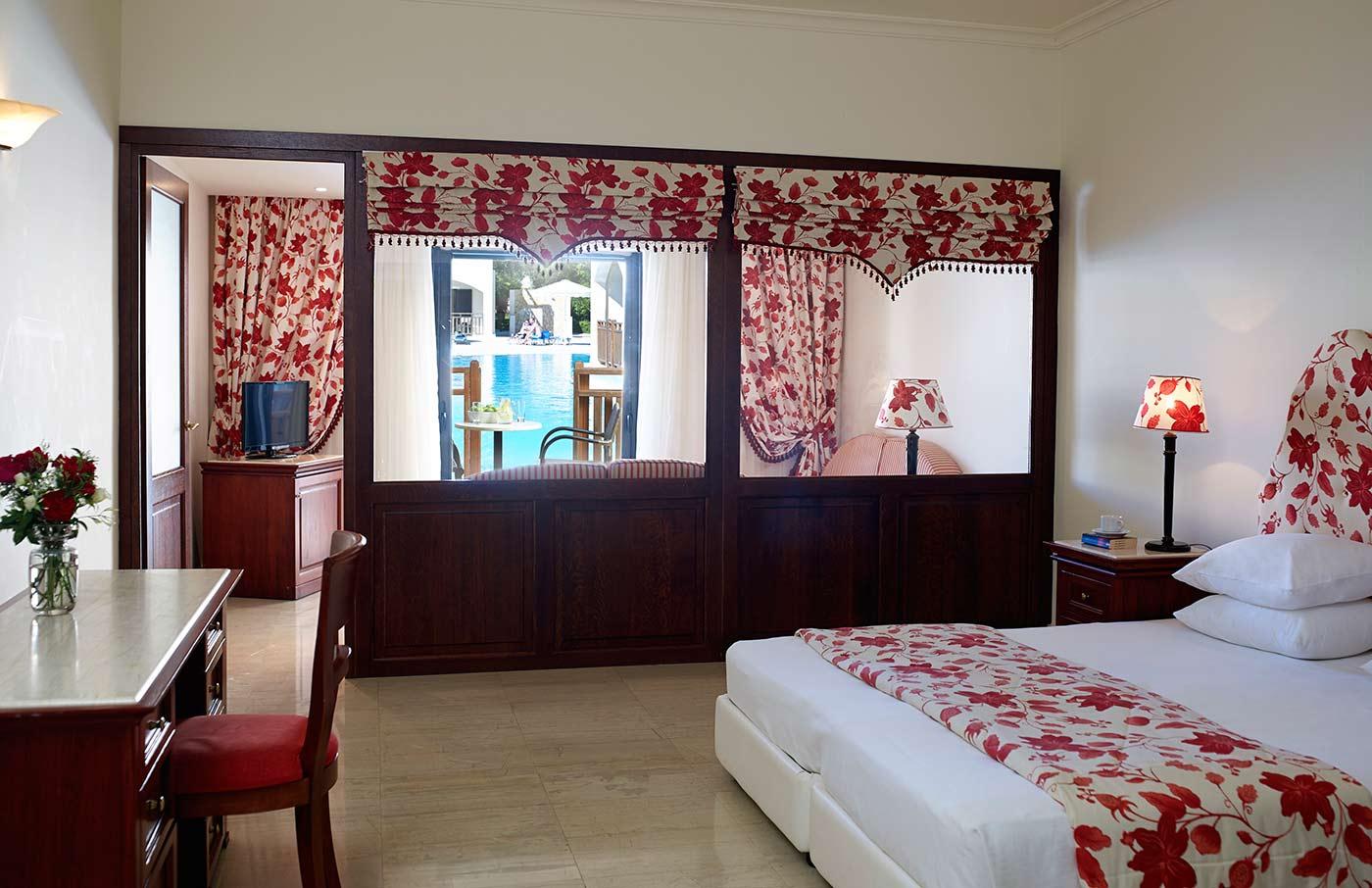 rooms roda beach corfu hotel official website. Black Bedroom Furniture Sets. Home Design Ideas